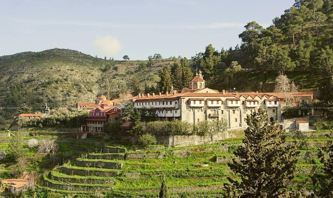 manastirea-makheras