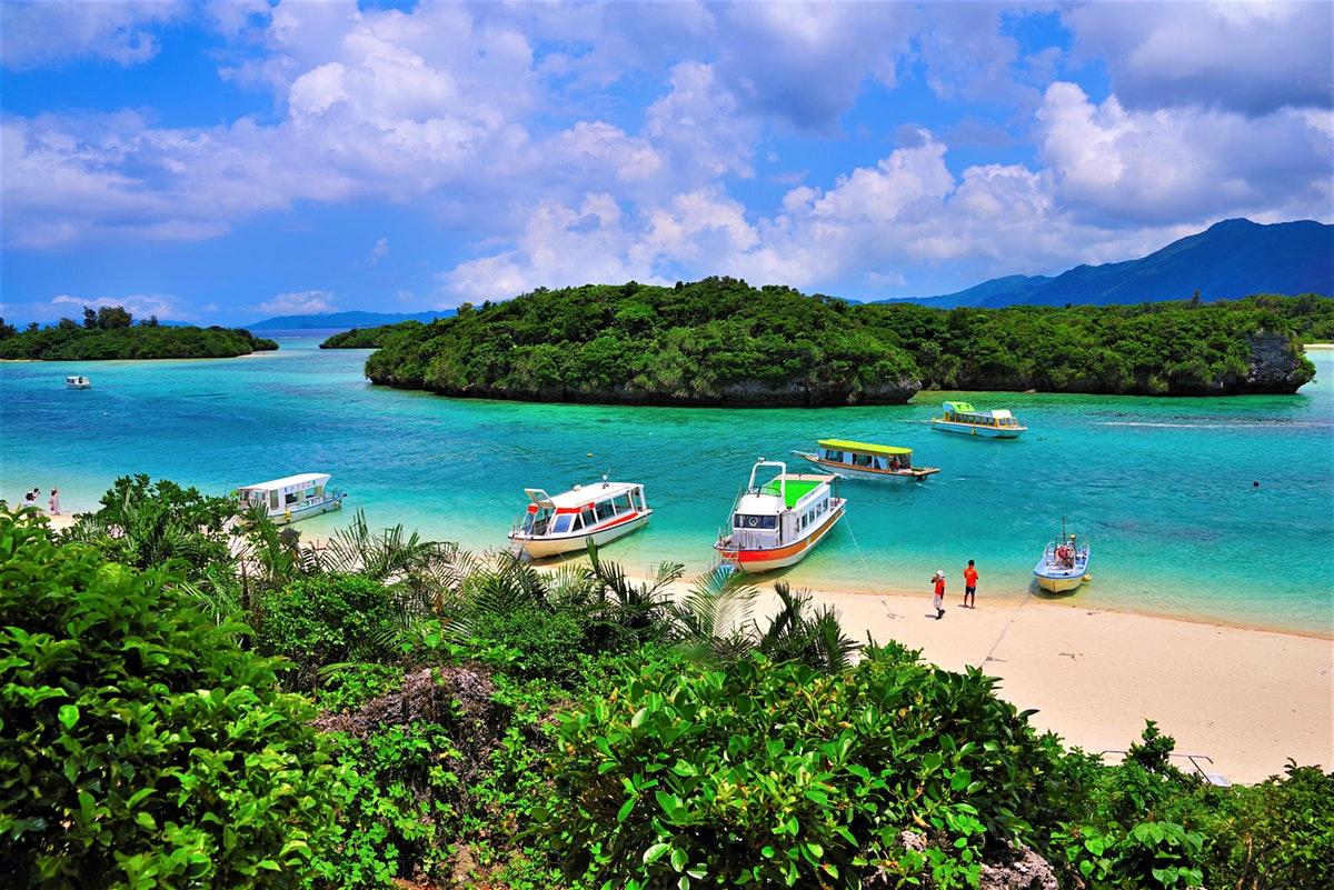 plaja-idilica-a-insulei